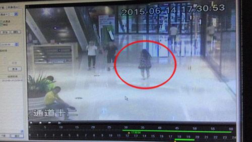 Camera trụ AMT đã ghi hình toàn cảnh vụ bắt cóc bé 5 tháng gây xôn xao